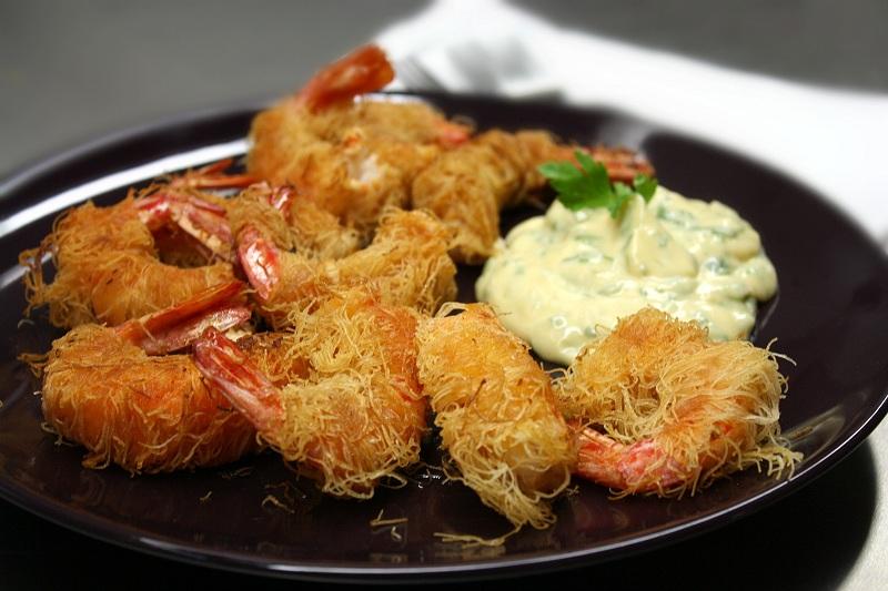 kataifi shrimps in a crispy net with aioli