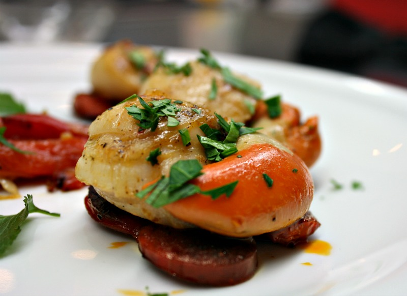 Scallops with chorizo and red peppers