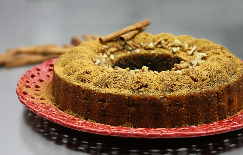 semolina halva with orange and walnuts