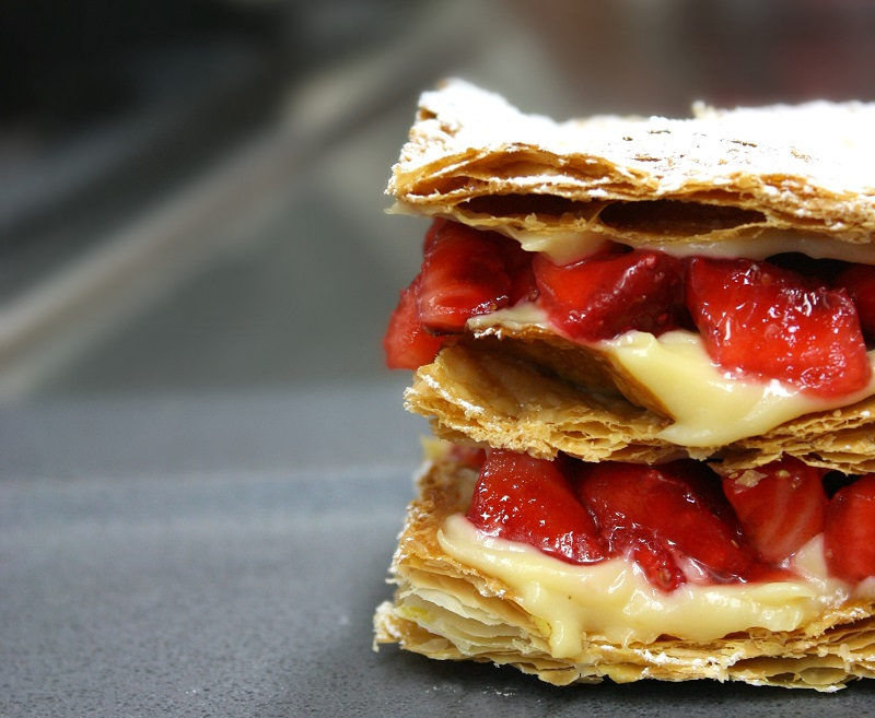 easy to make strawberry mille-feuille