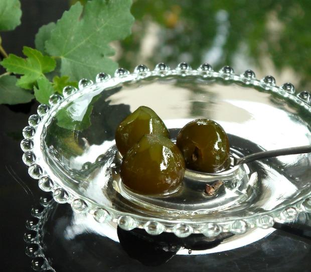 σύκο γλυκό του κουταλιού σερβιρισμένο - χωρίς γαλαζόπετρα