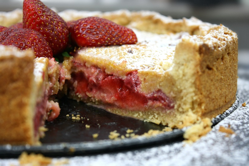 juicy strawberry cream inside the strawberry tart