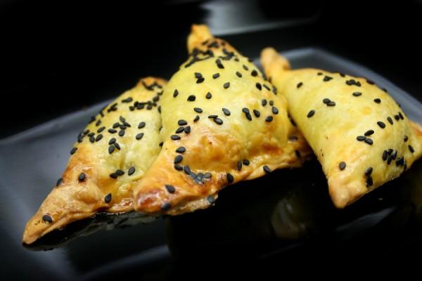 Top 20 συνταγές για μανιτάρια - μανιταροπιτάκια με σκόρδο και δεντρολίβανο