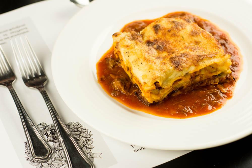 pop up Cucina Caruso - λαζάνια φούρνου με κιμά (μπολονιέζε)