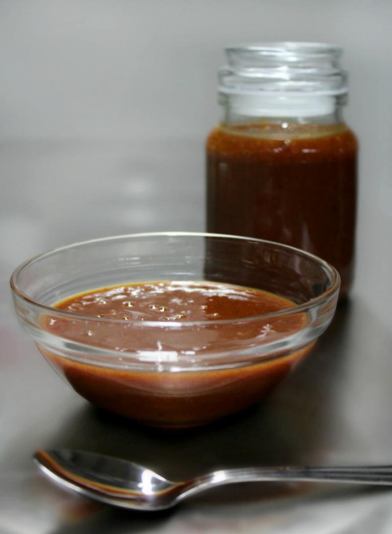 Εύκολη, γρήγορη, υπέροχη, σπιτική μπάρμπεκιου σος - bbq sauce