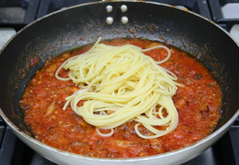 σάλτσα αματριτσιάνα για μακαρόνια - amatriciana