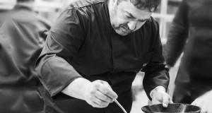Ανδρέας Σχοινάς, ο σεφ του Moorings