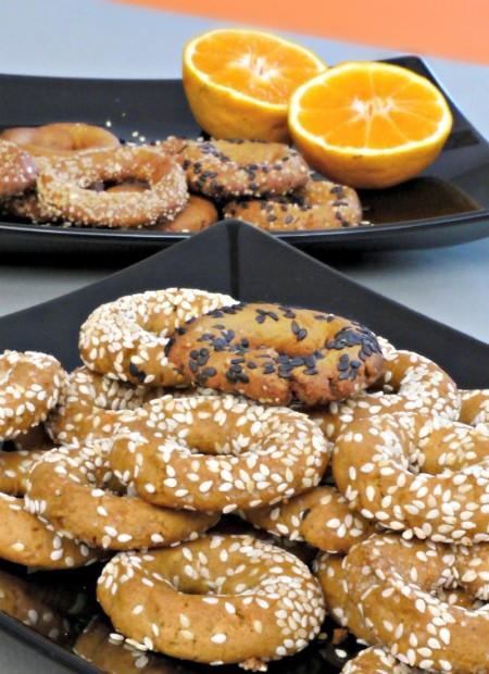 Μπισκότα - τραγανά κουλουράκια με ελαιόλαδο και πορτοκάλι