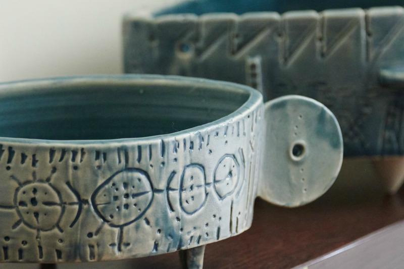 κεραμικά γλυπτά σκεύη της Leonie: μποναμάς: για εραστές της γεύσης & της τέχνης
