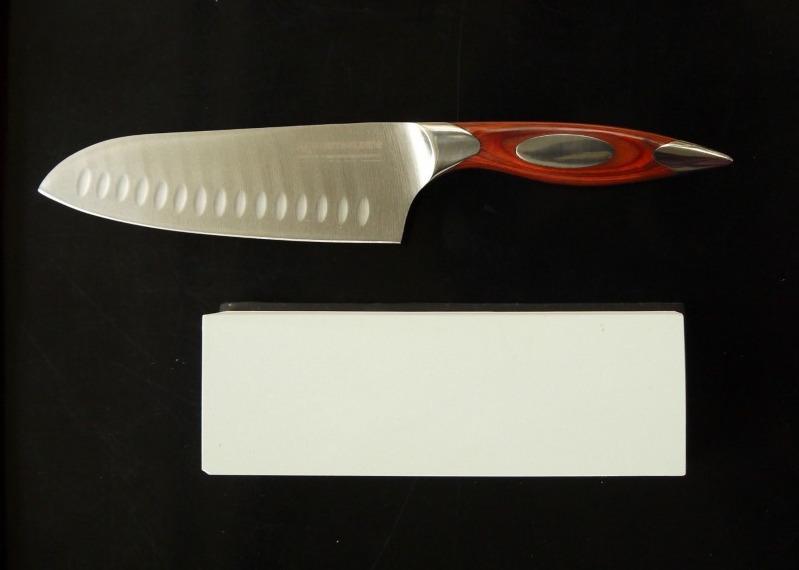 μαχαίρι σεφ Santoku: μποναμάς για εραστές της γεύσης & της τέχνης