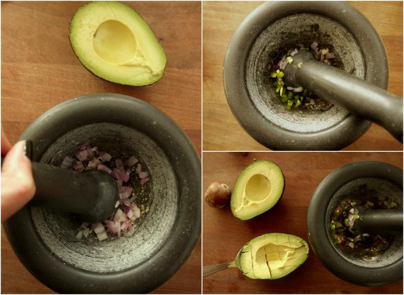 γνήσιο μεξικάνικο γουακαμόλε με 4 υλικά στο γουδί