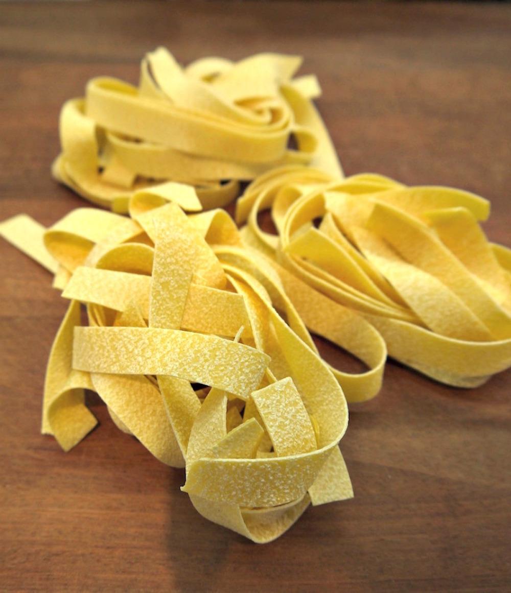 παπαρδέλες με κάστανα και μανιτάρια πορτσίνι
