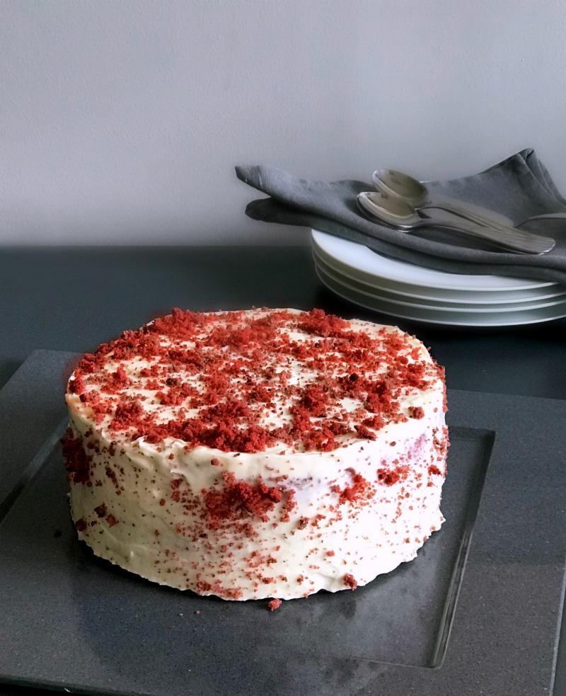 red velvet κέικ - ελκυστικό, φλογερό, παρακμιακό