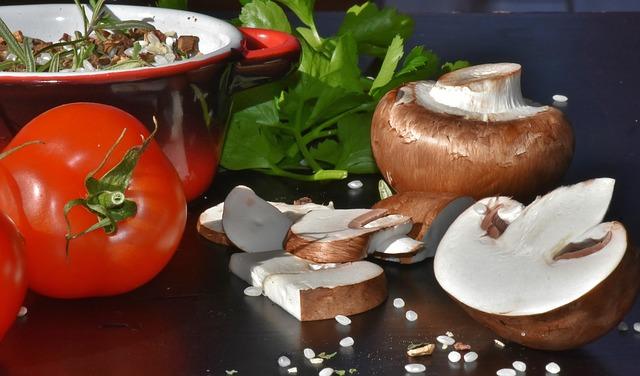 Συνταγές για μανιτάρια: μανιτάρια φρέκα και ντομάτες
