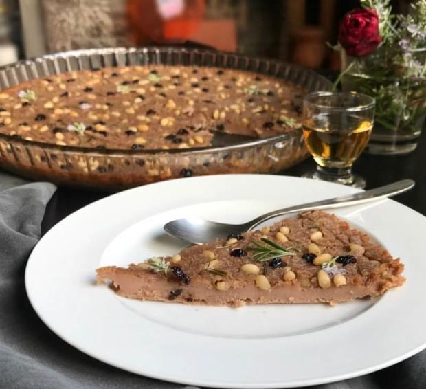 καστανάτσιο (castanaccio) γλυκό κέικ της Τοσκάνης
