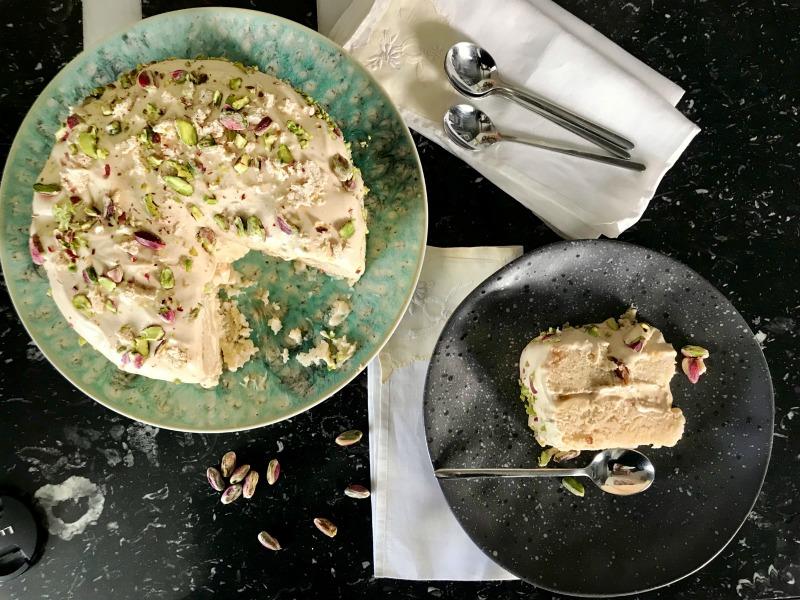 τούρτα χαλβά νηστίσιμη - vegan