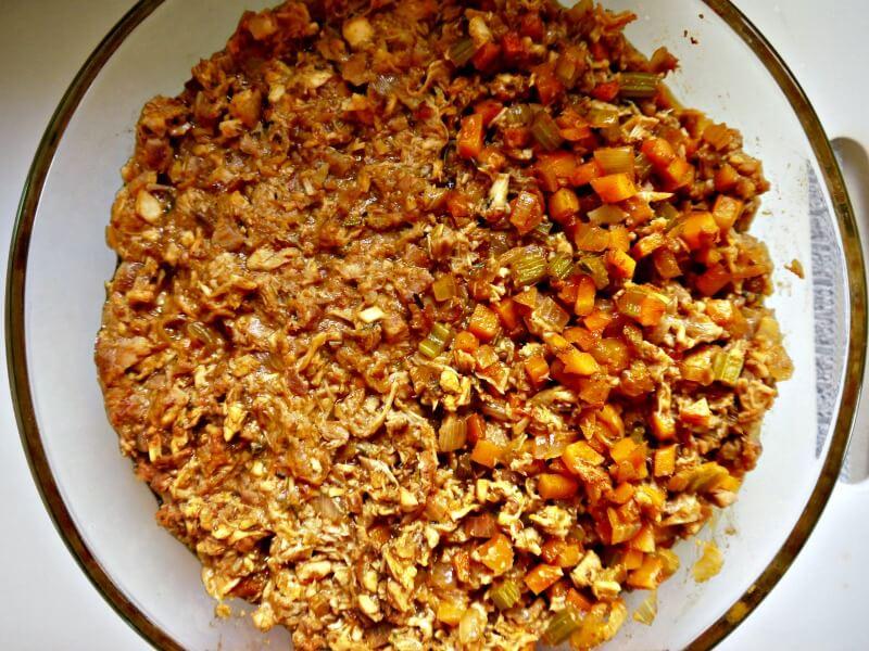 δοκιμή του σέλινου στην κρεατόπιτα με αρνί - shepherd's pie
