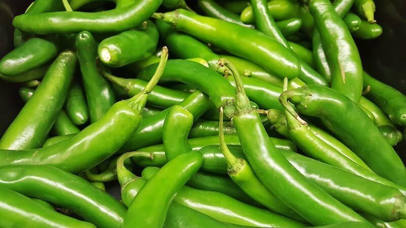 πιπεριές serrano - φωτογραφία: Brett Hondow