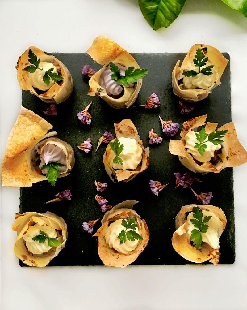 πιτάκια με κατσικίσιο τυρί, πατάτες & αρωματική μους τυριού