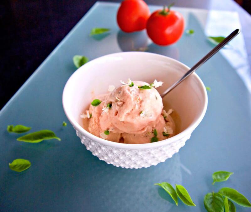 παγωτό ντομάτα με βασιλικό με αυγά ή χωρίς & vegan