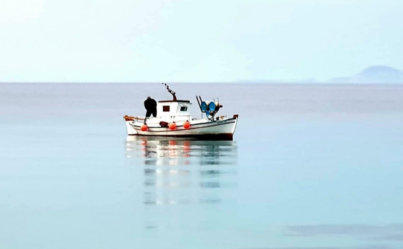 ψάρεμα και περιβάλλον - τράτα στη Δονούσα, φωτο: Jim Kall