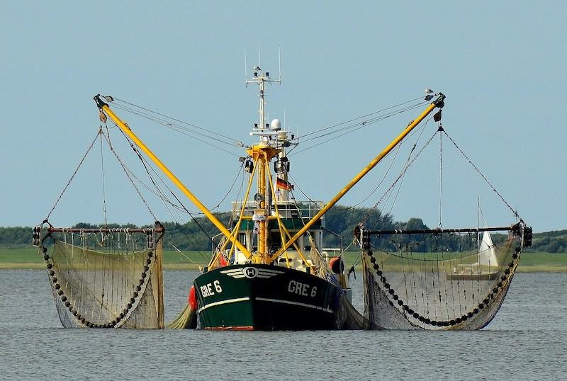 Μεγάλο αλιευτικό σκάφος για ψάρεμα γαρίδας