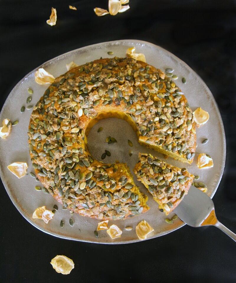 Κέικ με κολοκύθα κίτρινης συν 3 παραλλαγές: χωρίς ζάχαρη, vegan, με κακάο