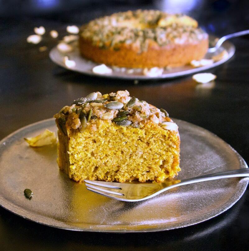Κέικ με κολοκύθα κίτρινη συν 3 παραλλαγές: χωρίς ζάχαρη, vegan, με κακάο