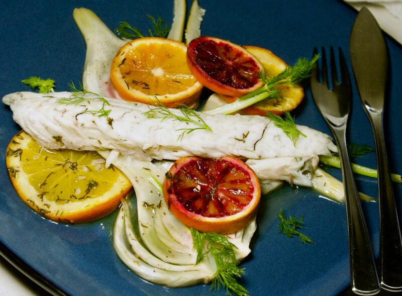 Λαβράκι με φινόκιο και πορτοκάλι στο φούρνo - λαβράκι ή τσιπούρα με μαραθόριζα - λαβράκι στο φούρνο με λεμόνι - ψάρι ψητό στο φούρνο εύκολο