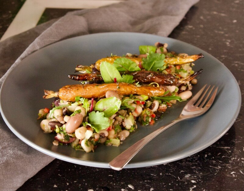 Οσπριάδα με λαχανικά - ανάμεικτα όσπρια σαλάτα - πολυσπόρια - μείγμα οσπρίων - σαλάτες με όσπρια για δίαιτα