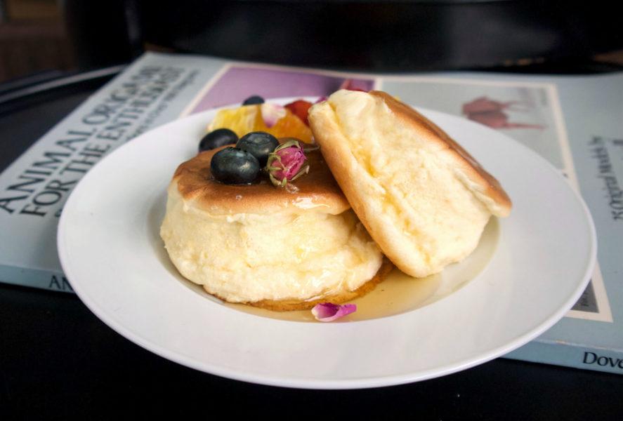 Αφράτες γιαπωνέζικες τηγανίτες σαν σουφλέ