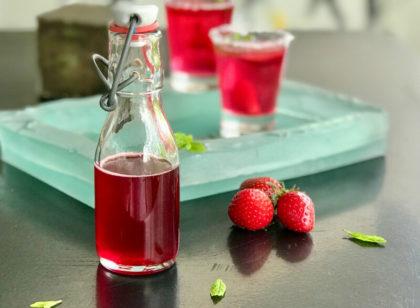 Αρωματικό σιρόπι φράουλας: φυσικό, συμπυκνωμένο