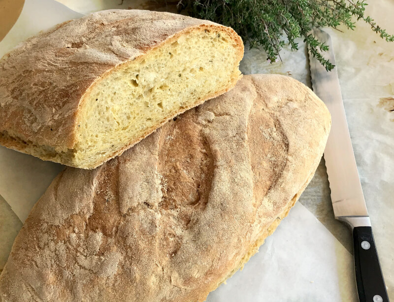 Εύκολο, γρήγορο ψωμί χωρίς ζύμωμα, έτοιμο σε 3.5 ώρες