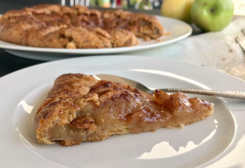 γκαλέτ με μήλα, φέτα - γαλλική ρουστίκ μηλόπιτα